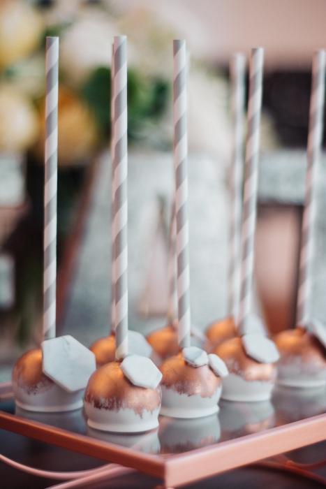 Cake pops}