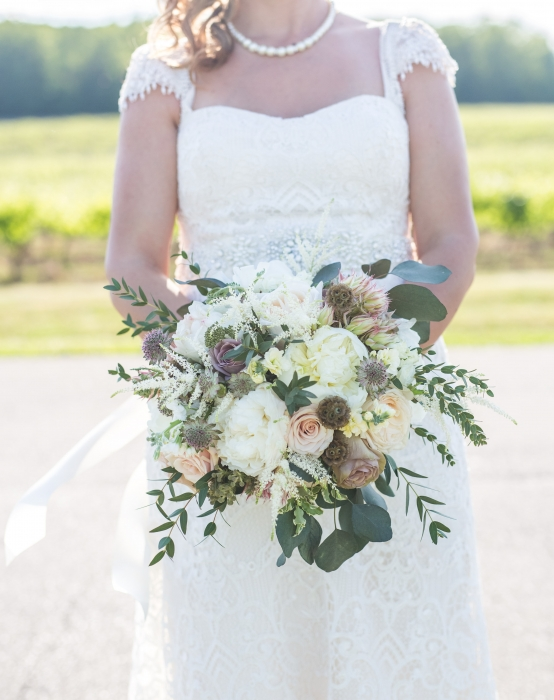 Megan Preece Photography, textural unstructured bouquet, Vineland Estates Winery