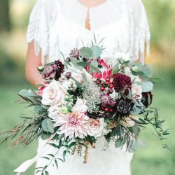 Tamera Lockwood Photography, cranberry, blush & marsala bouquet, Vineland Estates Winery