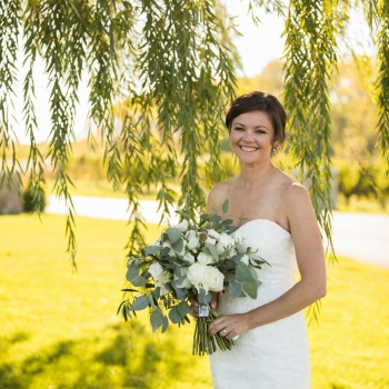 Erin & Andrew Wedding at Vineland Estates, Photo by Amanda LaChapelle Photography